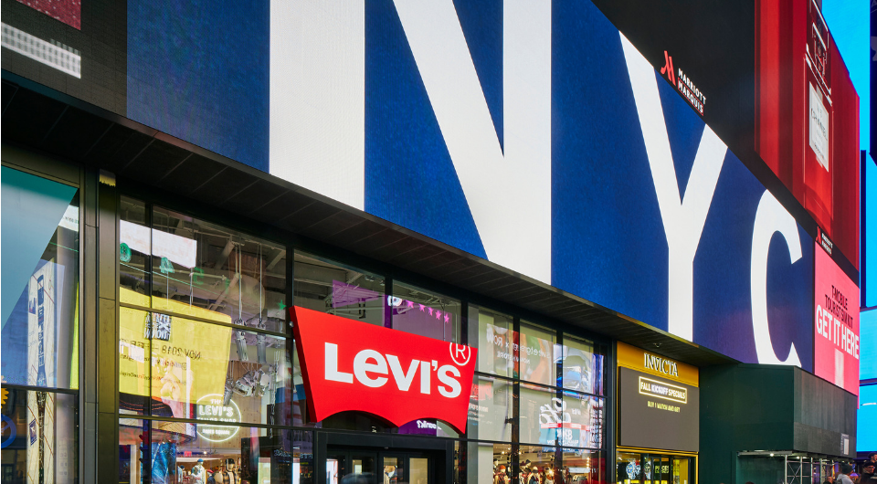 3352e4cd9d6 Levi s® Opens Largest-Ever Flagship Store in Times Square - Levi ...