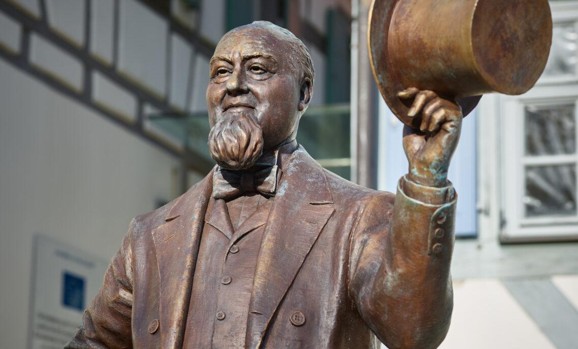 Levi Strauss Statue
